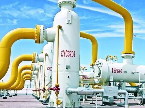新华都超大容量变压器改善国家重点工程西气东输项目